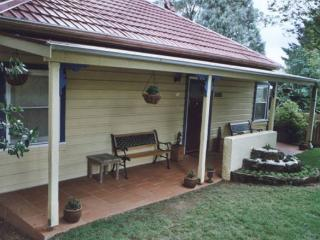 2 bedroom Cottage with Parking in Katoomba - Katoomba vacation rentals