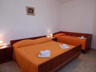 TH01304 Apartments Valentić / One Bedroom A4 - Pag vacation rentals