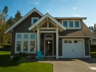 3 bedroom House with Internet Access in Qualicum Beach - Qualicum Beach vacation rentals