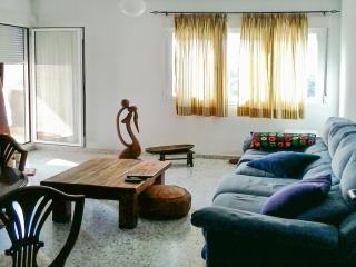 Beautiful apartment with river views - Sevilla La Nueva vacation rentals