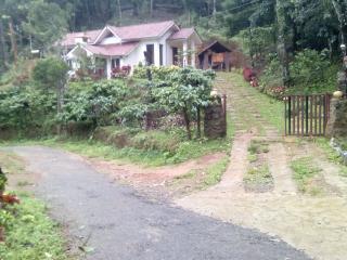 2 bedroom Villa with Parking in Madikeri - Madikeri vacation rentals