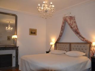 B&B - Chambre d'hôtes de Charme - Chambre Proust - Mesland vacation rentals