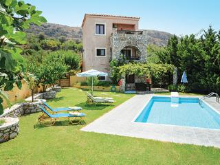 Nice Villa with Patio and Housekeeping Included - Kalami vacation rentals