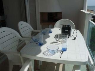 Nice Condo with Dishwasher and Short Breaks Allowed - La Grande-Motte vacation rentals