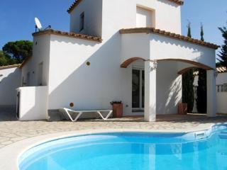 Costabravaforrent Can Costa, up to 6, pool - L'Escala vacation rentals