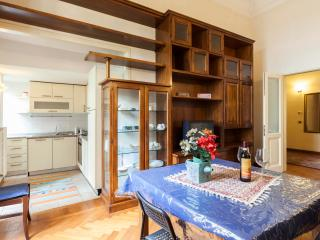 Elegant Scala 4 bedrooms (sleeps 7) - Florence vacation rentals