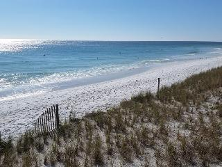 JETTY EAST LOWER RATE APRIL ONLY $795/wk+fees SUMMER ONLY $1295+fees BEACHFRONT - Destin vacation rentals