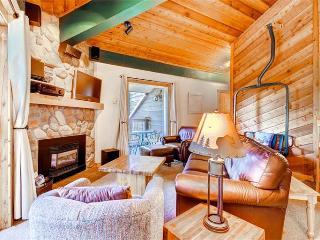 Comfortably Furnished Breckenridge 2 Bedroom Walk to lift - DEB32 - Breckenridge vacation rentals