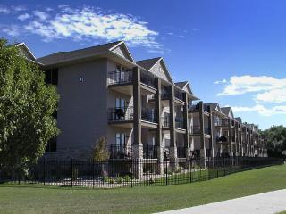 Walk everywhere! Best location!! Clean, newercondo - Okoboji vacation rentals