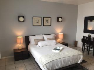Amazing studio, great location !! - Miami Beach vacation rentals