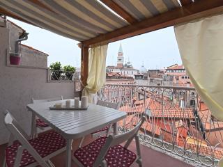 Un attico tra i tetti a San Marco Residenza Tiziana - Venice vacation rentals