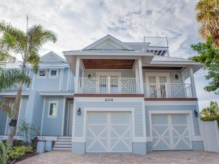 Blue Sky Beach House - One Block to the Beach! - Holmes Beach vacation rentals