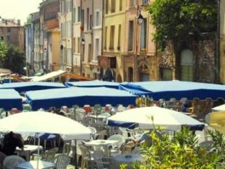 Historic Center Classic Townhouse Apt. with Garden - Aix-en-Provence vacation rentals