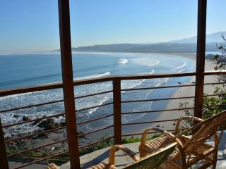 Navigator's Nook, Overlooking the Ocean and Playa - Concon vacation rentals