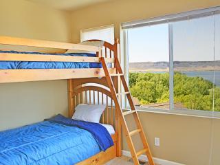 Villa Hydrus at Sunbanks Resort - Electric City vacation rentals