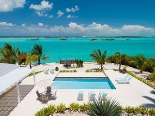 Gorgeous 4 Bedroom Beachfront Villa with Pool on Chalk Sound - Chalk Sound vacation rentals