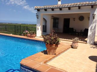 A spacious villa with monutain and sea views - Pego vacation rentals