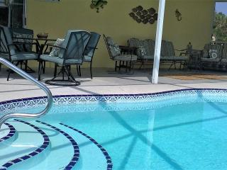 AUGUST SPECIAL 475 per week or 1100 for month - Port Charlotte vacation rentals