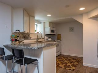 NW23rd#Downtown$hopping%Pearl!Food - Portland vacation rentals