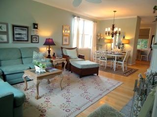 Beth's BeachComber TownHouse - Saint Simons Island vacation rentals