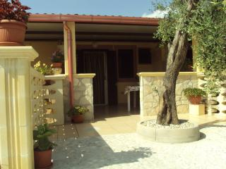 Nice House with Parking and Parking Space - Molinella vacation rentals