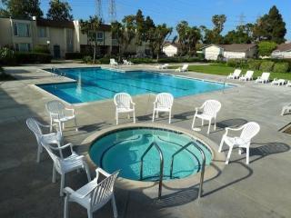 (#237) Huntington Beach Bungalow Home - Huntington Beach vacation rentals