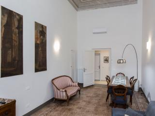 APPARTAMENTO MICHELANGELO - Florence vacation rentals