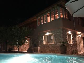 Renovated Stone Villa with 50m² Swimming Pool - Astros vacation rentals