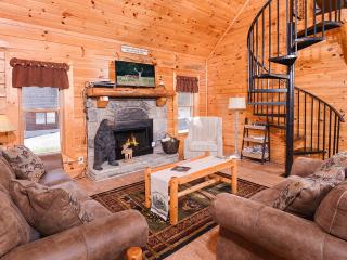 Nice Cabin with Internet Access and Shared Outdoor Pool - Sevierville vacation rentals
