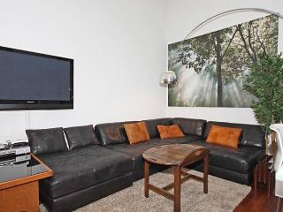 Comfortable 1 bedroom Innsbruck Condo with Internet Access - Innsbruck vacation rentals