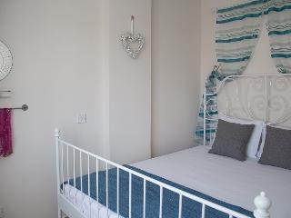 Paphos Love Hut Deluxe Apartment - Paphos vacation rentals