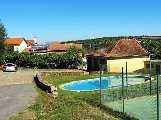 Casa Pimentel - Romeu vacation rentals