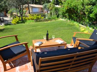 Close to the beach Townhouse  with Garden - Begur vacation rentals
