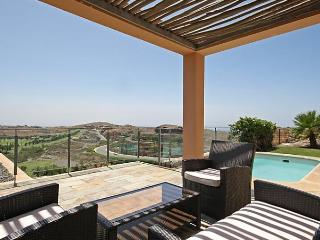 Nice 2 bedroom House in Maspalomas with Internet Access - Maspalomas vacation rentals