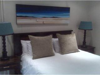 Self catering Beach apartment at Ushaka. - Westville vacation rentals