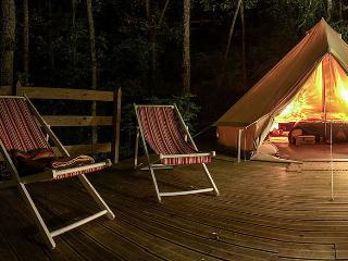 Tente cocon confort en montagne - Arvieux vacation rentals