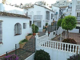 1 bedroom Apartment with Short Breaks Allowed in Arroyo de la Miel - Arroyo de la Miel vacation rentals