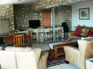 The Stone House in Gansbaai Self-catering house - De Kelders vacation rentals