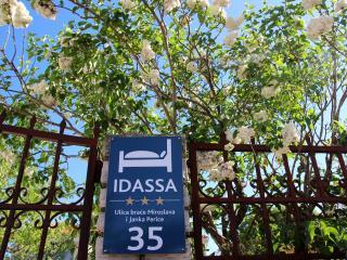 Idassa studio apartment - Free bikes!!! - Zadar vacation rentals