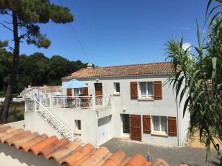 Bright 4 bedroom House in La Tranche sur Mer - La Tranche sur Mer vacation rentals