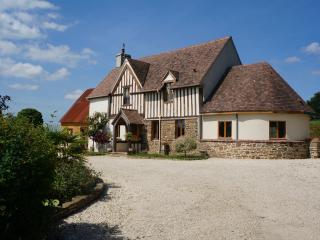 Perfect Farmhouse Barn with Washing Machine and Television - Isigny-le-Buat vacation rentals
