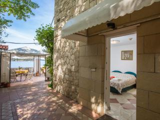 Apartment with private beach - Dubrovnik vacation rentals