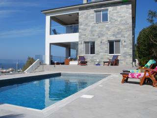 Cozy 3 bedroom Pomos Villa with A/C - Pomos vacation rentals