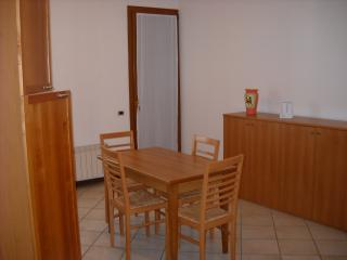 1 bedroom Condo with Housekeeping Included in Campodoro - Campodoro vacation rentals