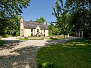 Beautiful House with Internet Access and Long Term Rentals Allowed - Llanwrda vacation rentals