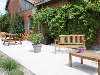 Bright 5 bedroom House in Drosnay with Internet Access - Drosnay vacation rentals