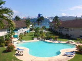 Penthouse In Paradise, 3 bdrm incl. housekeeper - Montego Bay vacation rentals