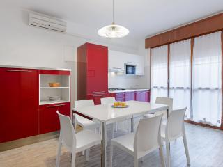 2 bedroom House with Internet Access in Sottomarina - Sottomarina vacation rentals
