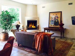 Spectacular 3 Bdrm, 2 Bath Casa, sleeps 2-5 - Santa Fe vacation rentals