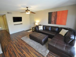 Nice Condo with Internet Access and Grill - Scottsdale vacation rentals